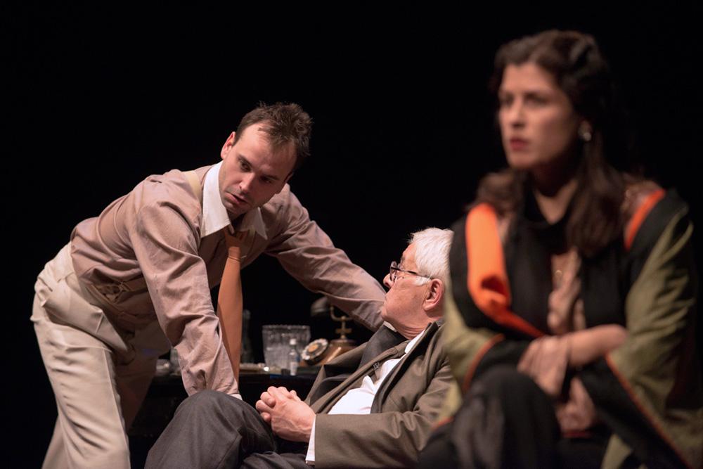 """Predstava """"U agoniji"""" gostuje u Beču"""
